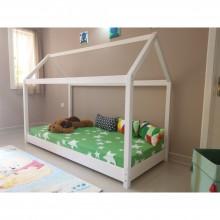 Pat din lemn masiv Montessori, design casuta, alb, 90x200 cm