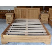 Set pat 160x200 cm + 2 noptiere Transilvania, lemn masiv de frasin