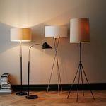 Lampadarele, lampi de pardoseala perfecte pentru iluminat in living
