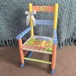 La joaca sau la lectii, copiii au nevoie de scaune adaptate varstei